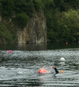 Swimmimg in fresh water quarry